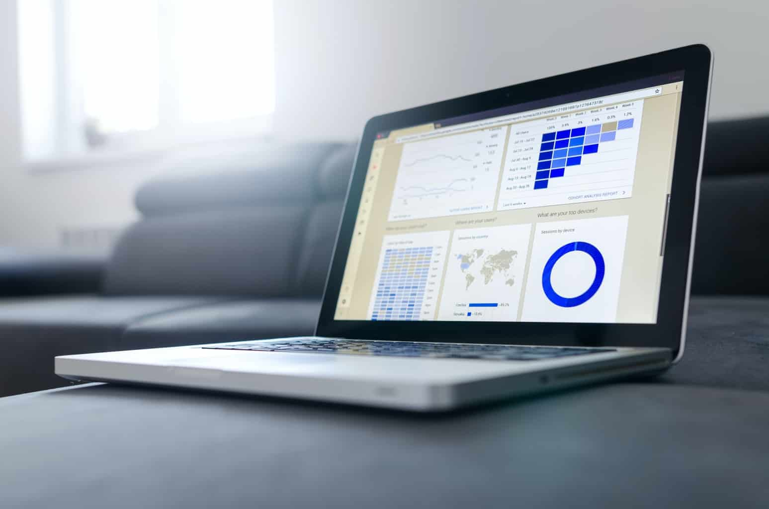 データ管理画面